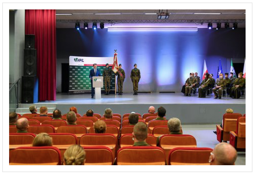 Military Academy – Antica with front shape LINE lectern